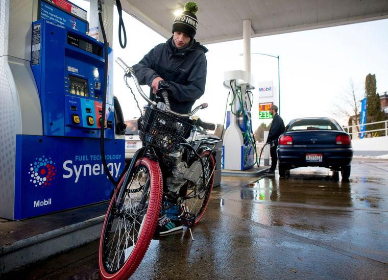 can you pump bike tires at a gas station